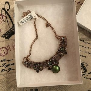 NWT Bib necklace Costume Jewelry